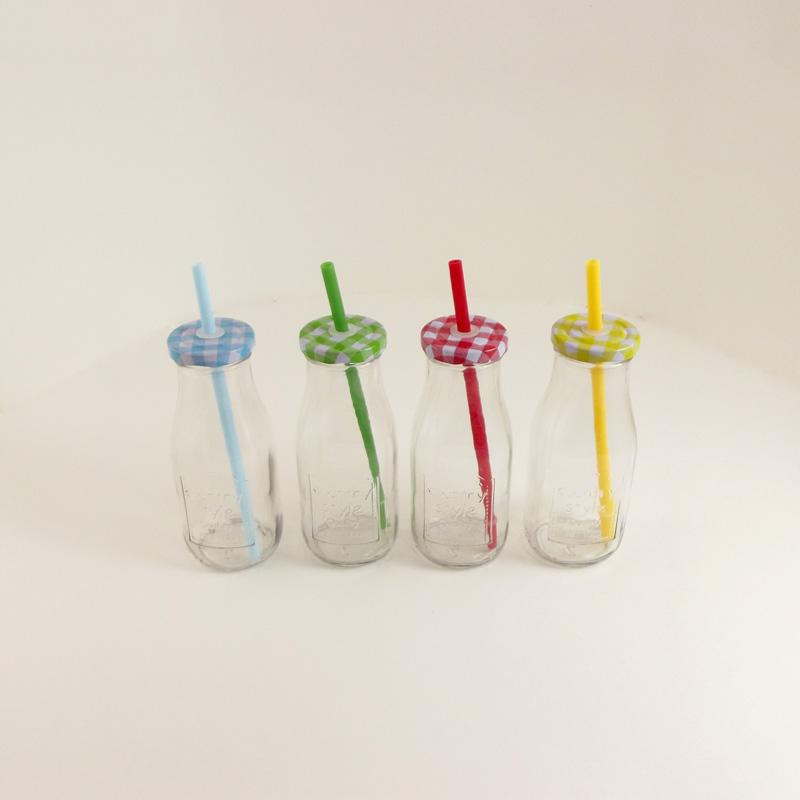 Bottiglietta Colorata con Cannuccia - Ditta Braschi