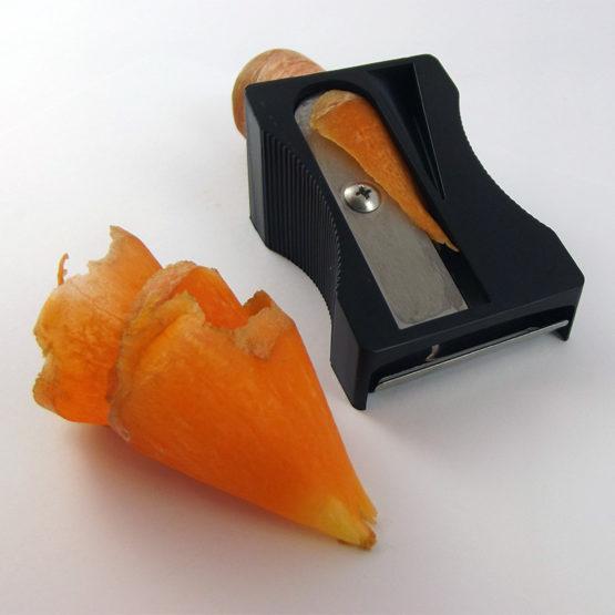 Pela carote Karoto